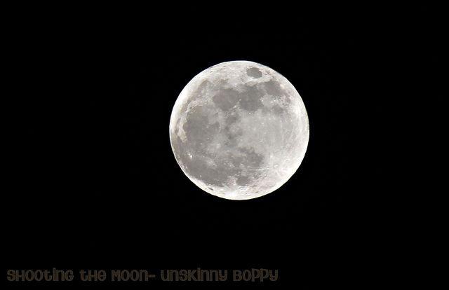 manual camera settings for moon